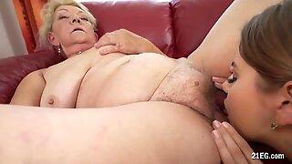 Desirable Julia Red Eats a Grandma