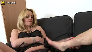 Mature mom with saggy tits fucks young boy