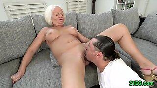 Bigtitted slut gets her mature cunt stuffed