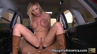 Huge tits Nikky Benz enjoys a really hard riding