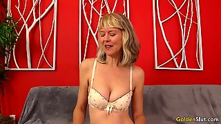 Mature Fingers Her Muff and Receives a Fucking