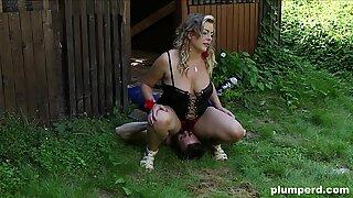 Facesitting on victim gardener with plump euro light-haired