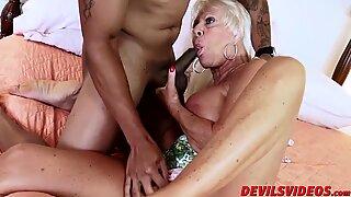 Sexy granny Mandy McGraw gets banged by horny black stud   - Hardcore Mandy