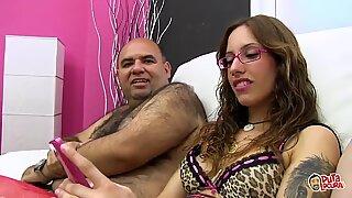 PUTA LOCURA Beautiful Amateur Latina Teen in a Bukkake
