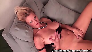 Mature Lady With D-Cup Tits Needs To Get Off In Pantyhose
