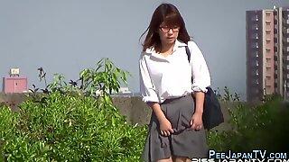 Japanese sluts urinating