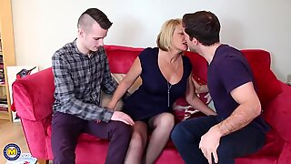 Mature.nl Mature moms having sex with sons