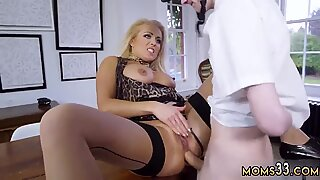Milf busted masturbating by mom Having Her Way With A Rookie - Jane Way