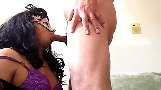 Claudia gets fucked by married guy in a new skirt