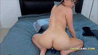 Young French MILF With Glasses Doing Cam Sex in USA