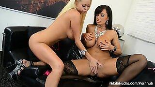 Nikita Von James huge-boobed lesbian screwing