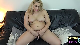 Post op BBW dildoing her tight new pussy