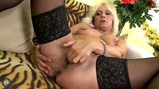 Naughty mom Lea needs your cock now