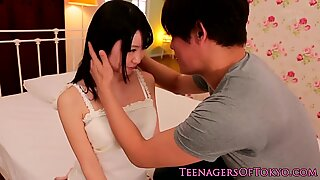 Japanese squirter babe gets mouth jizzed