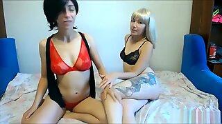 Zwei Lesben lecken sich gegenseitig die pussy