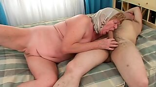 Granny loves copulating as well