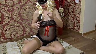 Milf in early pregnancy masturbates with a comb. Fetish with hairy pussy and juicy ass doggystyle.
